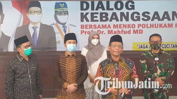 Mahfud MD Ceritakan Pengalaman Kapolres Probolinggo Sebagai Penyintas Covid-19 kepada Kiai di Madura