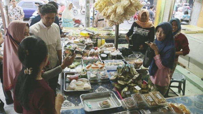 Mantapkan Program untuk Jawa Timur, Emil Dardak Amati Langsung Geliat Ekonomi di Perbatasan