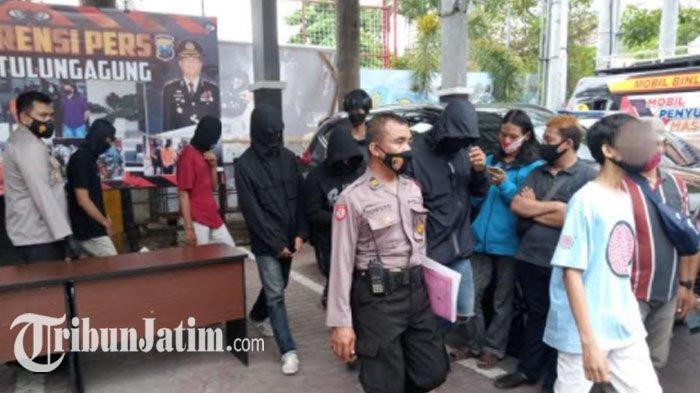 Polisi Tulungagung Menangkap 6 Anak Pelaku Vandalisme, Diduga Terkait Anarko