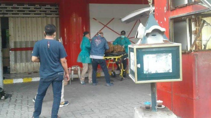 Kapolres Gresik Tegaskan Pria Tewas di Depan Swalayan Jalan RA Kartini Bukan karena Virus Corona