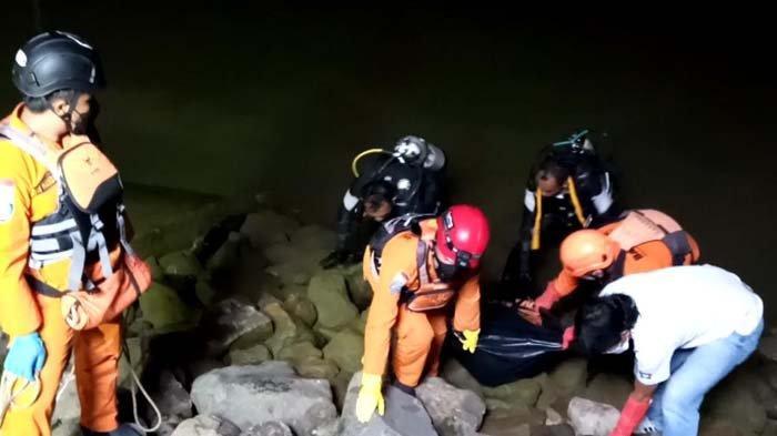 Penyelam Basarnas Temukan Jenazah Bocah 13 Tahun yang Tenggelam di Embung Sidem Tulungagung