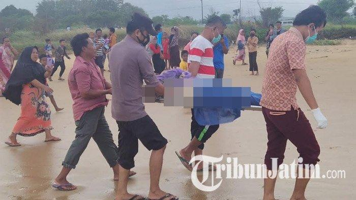 Mayat Pria Ditemukan di Pantai Lon Malang Sampang, Diduga Nahkoda Kapal TB Mitra Jaya XIX