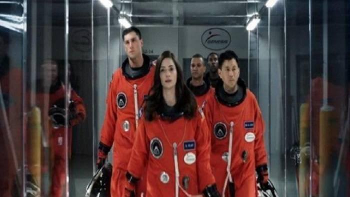 Sinopsis Film The Space Between Us, Dibintangi Gary Oldman, Malam Ini di Trans TV Pukul 19.30 WIB