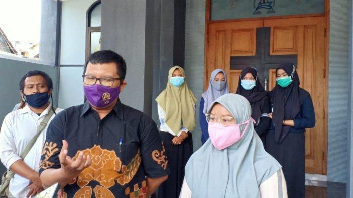 Indahnya Toleransi di Madiun, Forum Perdamaian Bagi Masker dan Hand Sanitizer ke Umat Kristiani