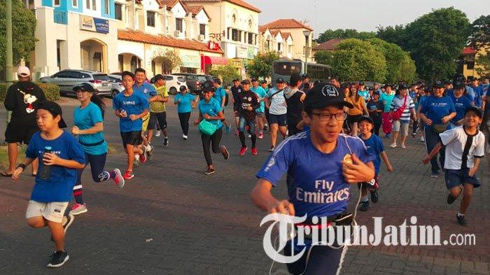 Fun Run Meriahkan Dies Natalis Kampus IIK Bhakti Wiyata