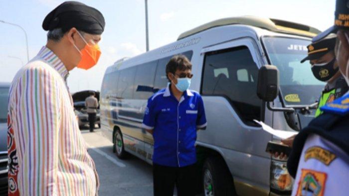 Mobil Rombongan Pengantin Disetop di Exit Tol Sragen, Gubernur Ganjar: Jangan Sampai Jadi Klaster