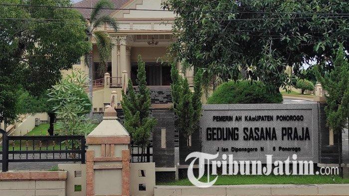Banyak Acara Resepsi Dibatalkan, Pendapatan Gedung Sasana Praja Ponorogo Turun Lebih dari 50 Persen