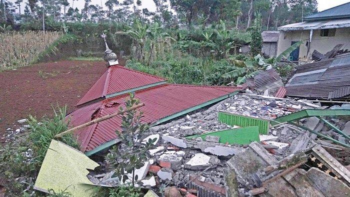 Berikut Sederet Foto Dahsyatnya Gempa di Banjarnegara, Ratusan Rumah Rusak hingga 2 Orang Tewas