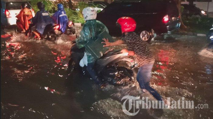 Kumpulan Foto Banjir di Surabaya, Mulai dari Jalan Mayjen Sungkono, Darmo Park, Jalan Jetis Baru