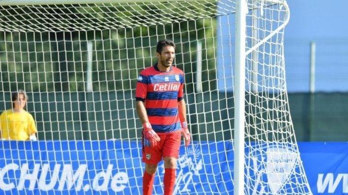 Lakoni Debut Bersama Parma, Gianluigi Buffon Catat Clean Sheet