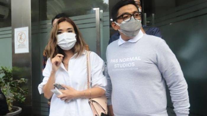 Gisella Anastasia alias Gisel saat menjalani pemeriksaan sebagai saksi terkait kasus video syur yang diduga mirip dirinya pada Selasa (17/11/2020).