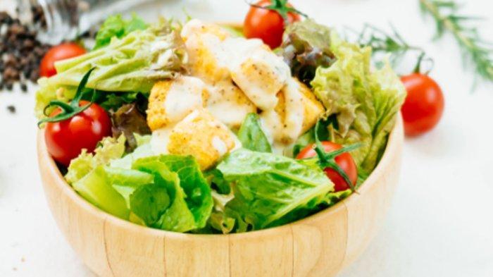 Resep Greek Salad Sederhana, Menu Makan Malam Sehat Tak Perlu Masak, Manfaatkan Selada Romaine