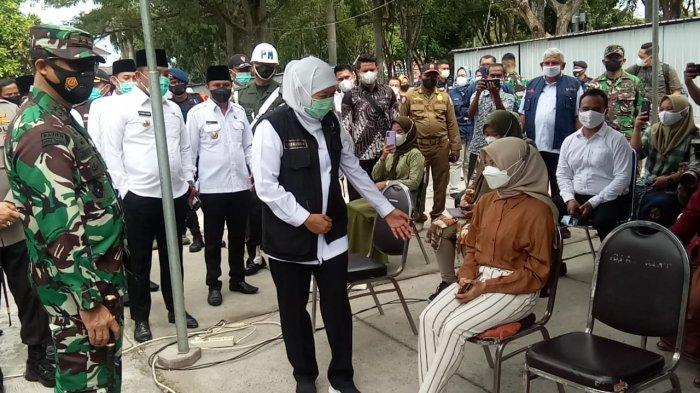 Gubernur Jawa Timur Kunjungi Sampang Guna Pastikan Vaksinasi Skala Besar Berjalan Optimal