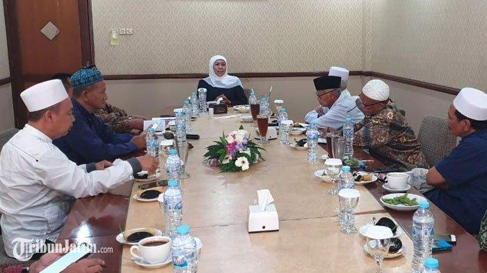Gubernur Khofifah Gandeng Kiai NU Buat Benteng untuk Jawa Timur Melawan Radikalisme dan Intoleransi