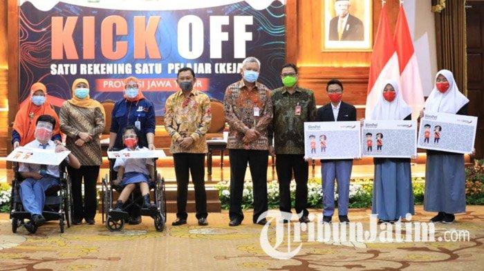 Khofifah Ajak Siswa Jawa Timur Rajin Menabung dan Pintar Literasi Keuangan Lewat Program 'Kejar'