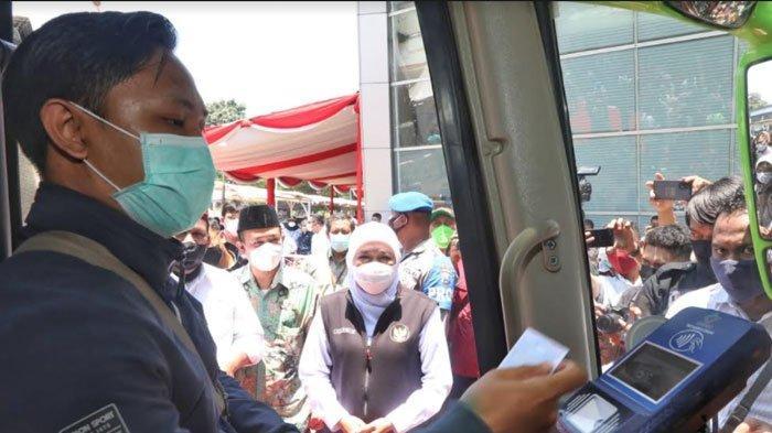 Diluncurkan Gubernur Khofifah, Terminal Anjuk Ladang Nganjuk Mulai Gunakan Smart Card dan Cashless