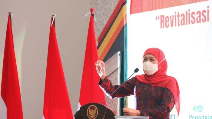 Gubernur Khofifah Ajak Dekopin Gencarkan Transformasi Digital untuk Koperasi dan UMKM