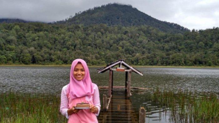 Mendaki Gunung Argopuro 'Trek Terpanjang di Pulau Jawa', Rehat di Danau Taman Hidup yang Mempesona