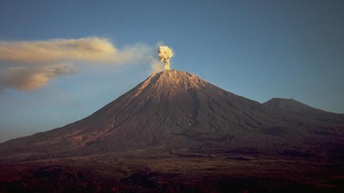 Prosedur Pendakian Gunung Semeru, Maksimal 2 Hari 1 Malam, Wajib Dicek Suhu Tubuh dan Pakai Masker