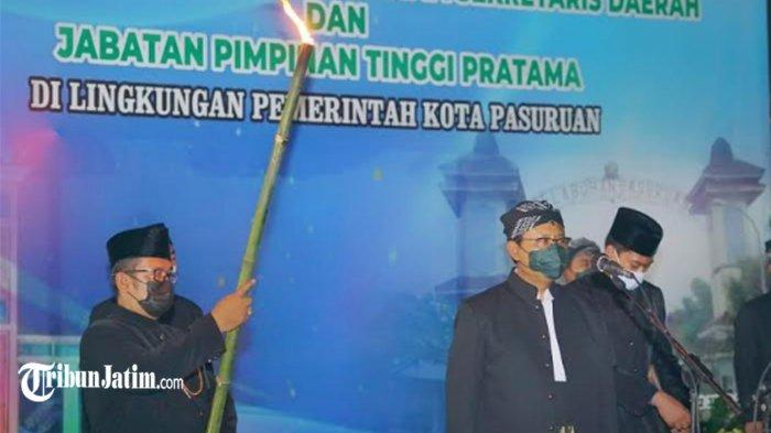 Sekda dan 7 Kepala OPD Kota Pasuruan Dilantik di Pasar Saat Hujan Deras, Gus Ipul: Itulah Harmoni