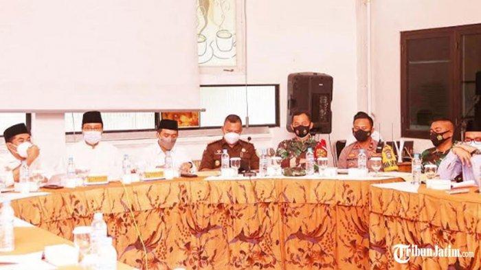 Rapat Koordinasi Ramadan 2021 di Pasuruan, Wali Kota Gus Ipul:Ibadah Jalan, Covid-19 Tidak Menyebar
