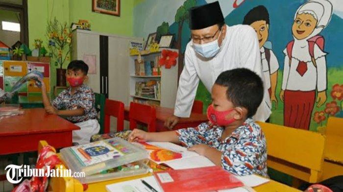 Hari Pertama Uji Coba Sekolah Tatap Muka di Kota Pasuruan, Gus Ipul Wanti-wanti Konsisten Prokes