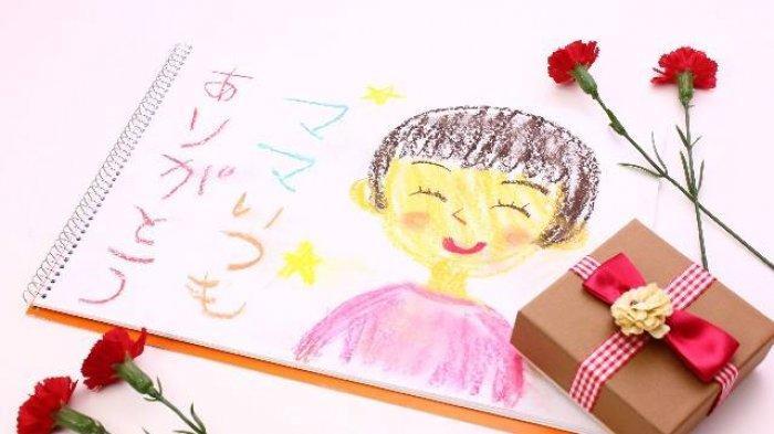 9 Perayaan Hari Ibu di Berbagai Negara, Jepang Identik dengan Bunga Anyelir, Mesir Membuat Kapal