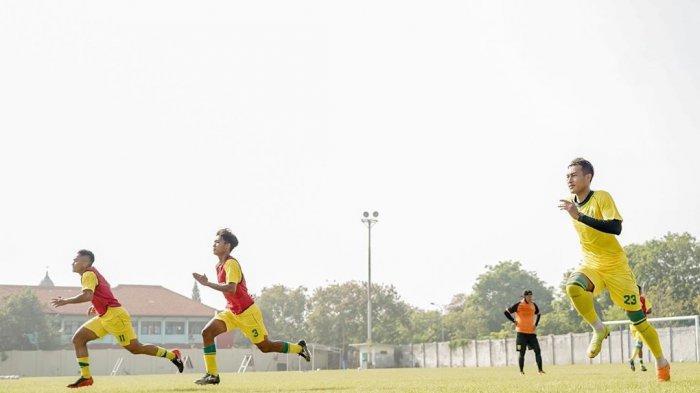 Lakoni Latihan Perdana, Kondisi Fisik Pemain Persebaya Diungkap Aji Santoso: Memuaskan?