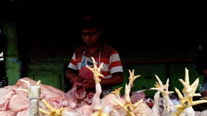 Tak Ada Pasokan dari Peternak Mandiri, Harga Daging Ayam di Tulungagung Tembus Rp 40.000 per Kg