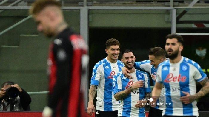 AC Milan Vs Napoli - Partenopei Menang, Gattuso Ukir Sejarah, Rossoneri Tertinggal 9 Poin dari Inter