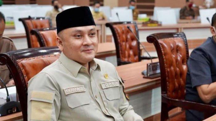 Komisi IV Kabupaten Mojokerto Soroti Temuan Beras Bansos PPKM Berbau dan Terdapat Puntung rokok