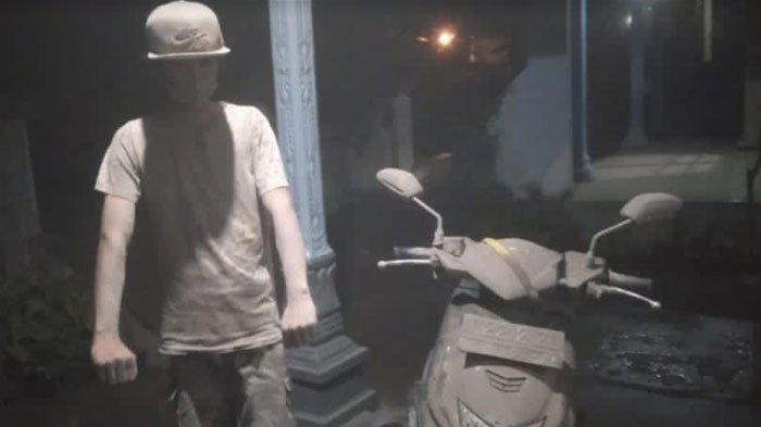 BERITA TERPOPULER JATIM: Hujan Abu Erupsi Semeru - Gugatan Rizal Ramli Soal Presidential Threshold