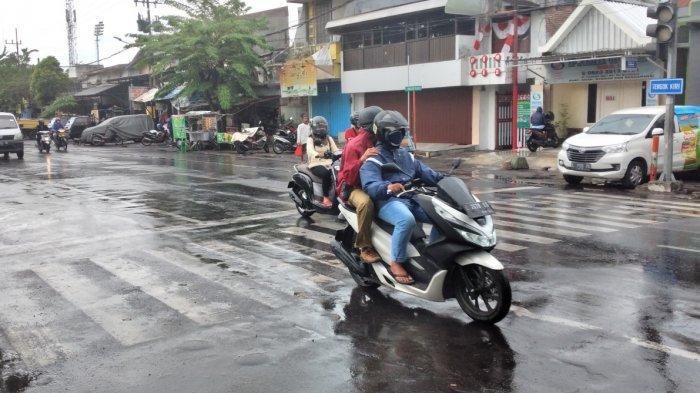 Meski Masih Musim Kemarau, Beberapa Daerah di Jatim Sudah Diguyur Hujan