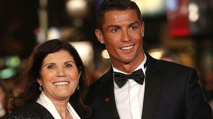 Di Balik Sikap Ronaldo Larang Sang Ibu Nonton Debut Keduanya di MU, Alasannya Bikin Menyayat Hati