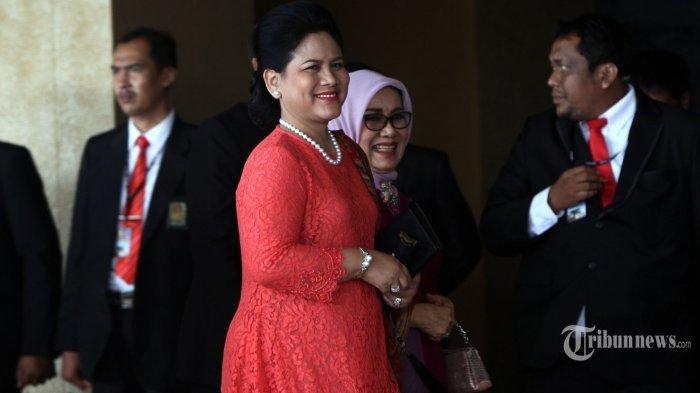 Potret Iriana Saat Belanja ke Pasar Nongko Solo 3 Tahun Lalu, Beli Kerupuk Buat Jokowi