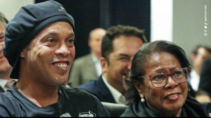 Pesan Menyentuh Lionel Messi dan Neymar Atas Kepergian Ibunda Ronaldinho