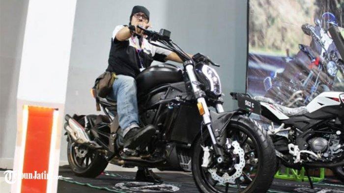Display Cruiser Mungil Ala Ducati Diavel, Benelli Unjuk Gigi Produk Retro Premium di IIMS Surabaya