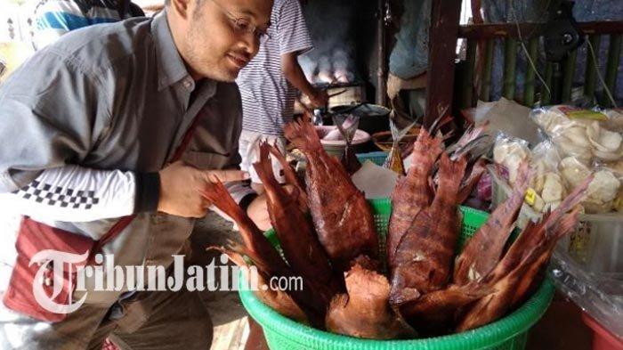 Sedapnya Ikan Asap Mayangan, Olahan Kakap Merah Segar dari Laut,Kuliner Khas Probolinggo, Mau Coba?