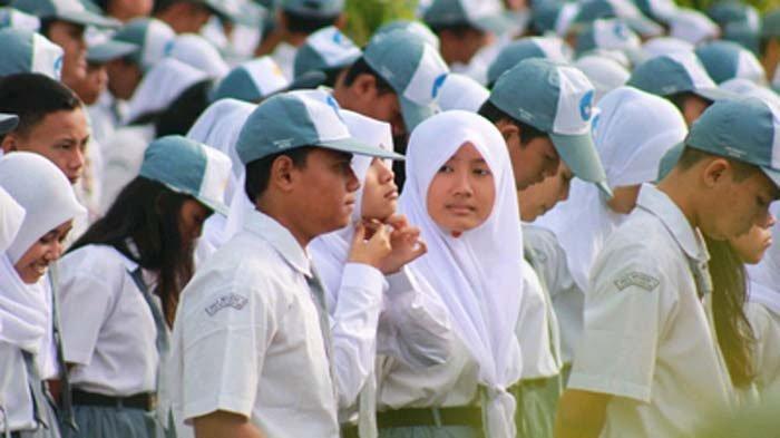 Guru di Lamongan Pukul Kepala Siswa Pakai Tiang Besi, Ledekan 'Nangka Busuk' Berujung Penganiayaan