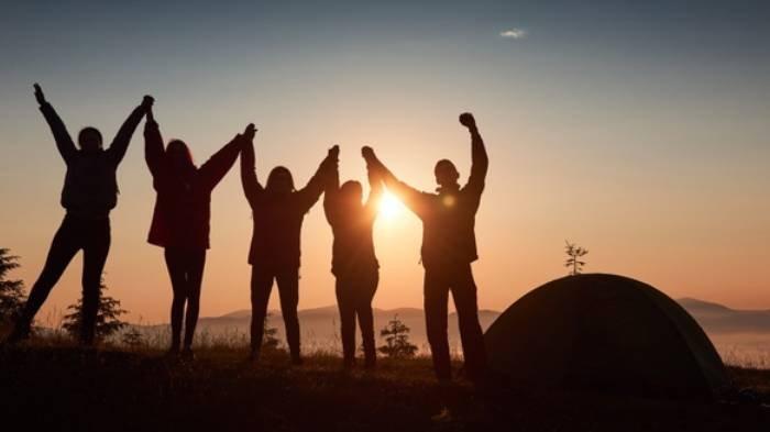 6 Arti Mimpi Bertemu Teman Lama, Berkaitan dengan Jodoh, Hati-hati Kalau Mimpi Bertemu Teman Jahat