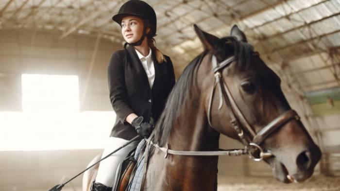 Arti Mimpi tentang Kuda, Mimpi Naik Kuda Putih Pertanda Baik, Hati-hati Mimpi Naik Kuda dan Terjatuh