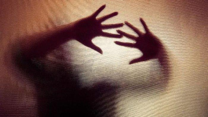 ILUSTRASI Berita mama menyusui diperkosa saat sedang jualan oleh pelanggan.