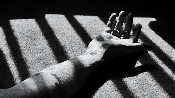 Pria Berdarah-darah Lari setelah Dibacok Calon Mertua, Kakak Jadi Saksi, Awalnya Diminta Tutup Pintu