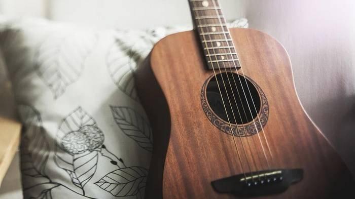 Chord Gitar dan Lirik Lagu 'Manusia Bodoh' Ada Band, Kunci Mudah C: Mencoba Bertahan Sekuat Hati