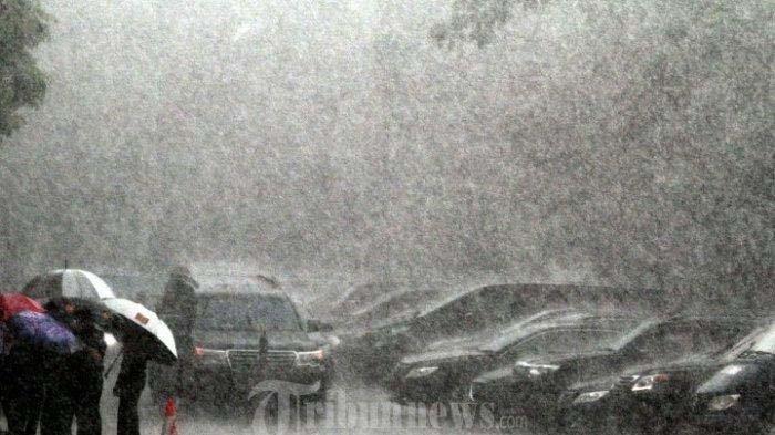 Prakiraan Cuaca Jawa Timur Hari Ini, Madura Diprediksi Diguyur Hujan Sedang Hingga Lebat