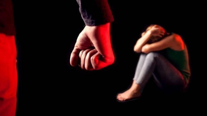Pisah Ranjang dari Istri, Mantu Berbuat Nekat ke Mertua di Lamongan, Anak Korban dengar Suara Ganjil