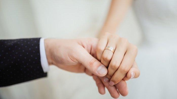 ILUSTRASI kisah pertunangan yang viral di media sosial.