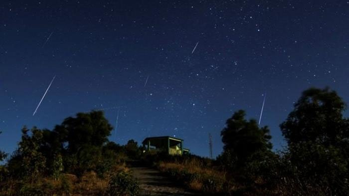 VIDEO VIRAL Hujan Meteor di Probolinggo, Hoaks? Fakta Sebenarnya Terungkap, Astronom Beri Penjelasan