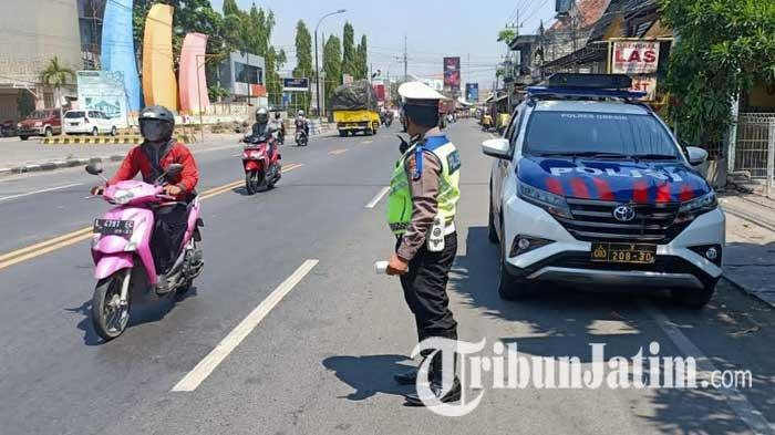 Para Pelanggar Lalu Lintas di Gresik Siap-siap Terekam Mobil INCAR, Langsung Ditilang