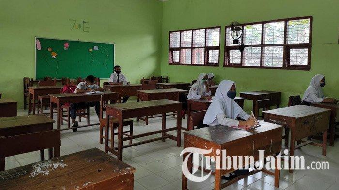 Kasus Covid-19 Terus Melandai, Pembelajaran Tatap Muka di Tuban Masih Tunggu Petunjuk Pusat